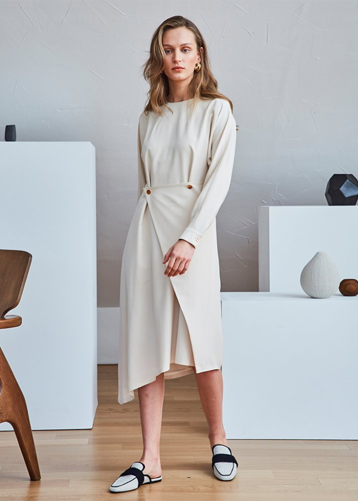 UNBALANCE WRAP DRESS_BEIGE