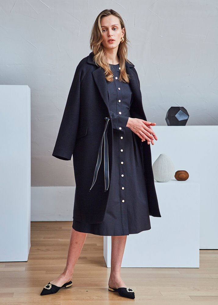 BALL BUTTON RIBBON COAT_BLACK