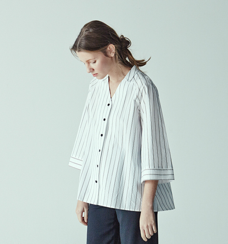 MIDI SLEEVE STRIPE SHIRT