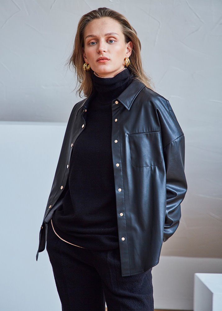 OVERFIT FAUX-LEATHER SHIRT