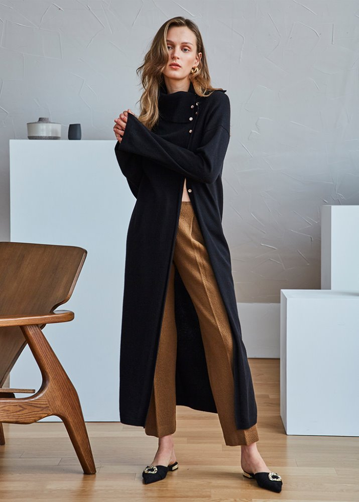 ROLL-NECK SLIT LONG SWEATER_BLACK