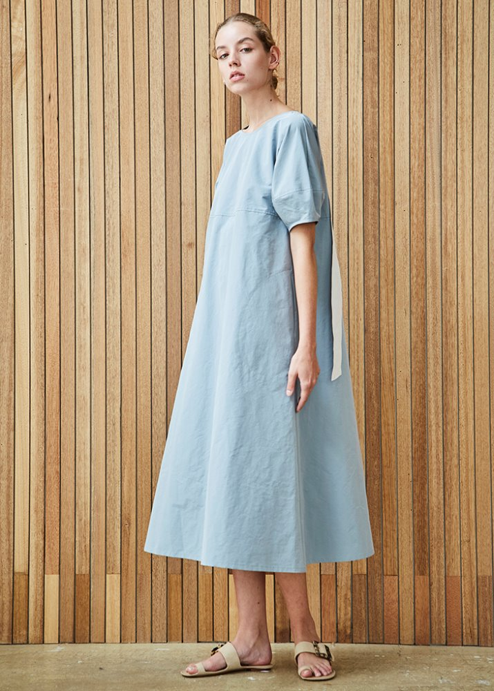 GATHERED NECK DRESS W/ RIBBON DETAIL_SKY BLUE