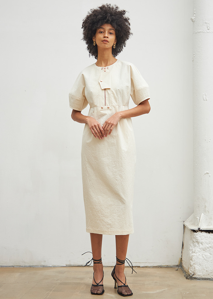 FRONT LOCKED DETAIL DRESS_IVORY