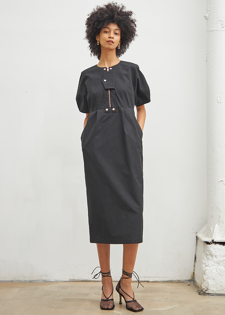 FRONT LOCKED DETAIL DRESS_BLACK